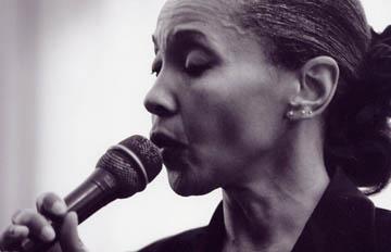 Sidney Ellis. Antequera Blues Festival. Patio del Ayuntamiento. 18 de julio. 22:30 horas.