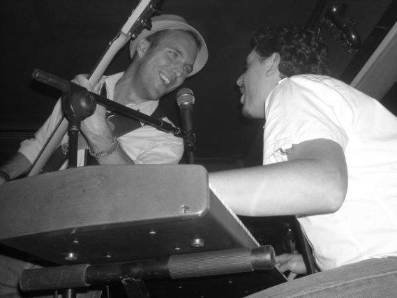 Bud Spencer Band.II Fuengirola Pop Weekend. Mod Café. 9 de agosto. 23:00 horas.