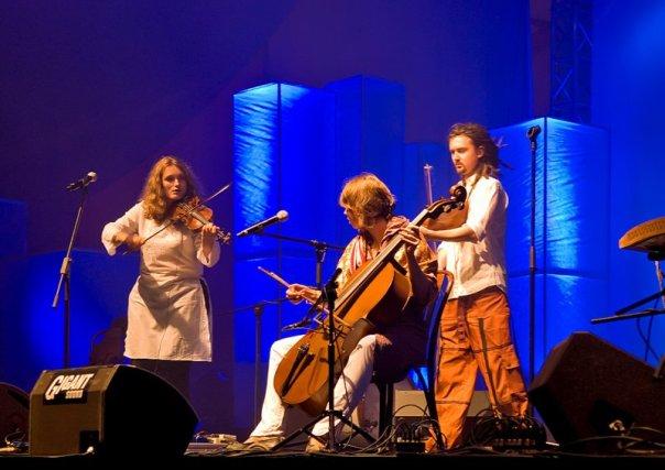 Warsaw Village Band.Festival Terral 2009. Teatro Cervantes. 23 de julio. 21:00 horas.