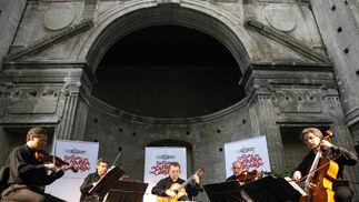 Manuel Barrueco acompañado por Cuarteto Latinoamericano en la Sala Orive.  Foto: Jose Martinez/Alvaro Carmona