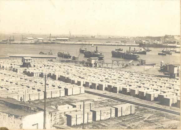 1907. Bloques de construcción del puerto