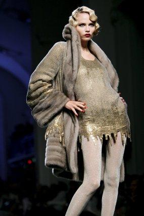Colección de Jean Paul Gaultier durante la Semana de la moda de alta costura.  Foto: EFE