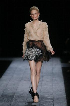 Desfile de Valentino en la Semana de la Moda de París.  Foto: EFE