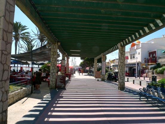 El Paseo Marítimo de El Palo.   Foto: Sergio Camacho
