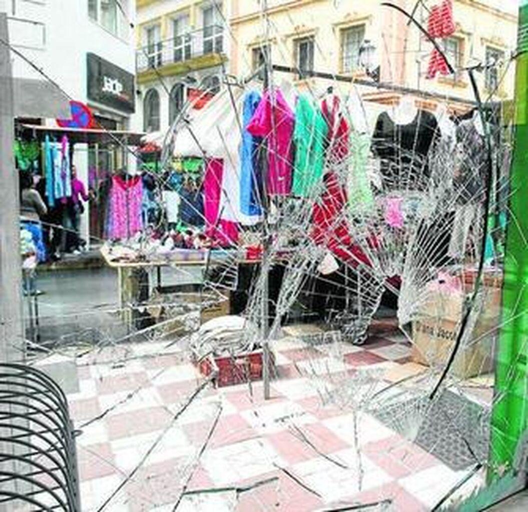 56472e4ae Resulta herido al intentar robar en una tienda que había sido asaltada
