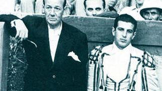 Cayetano y Antonio Ordóñez.  Foto: Fotografias extraidas de \'Estirpe y Tauromaquia de Antonio Ordo?'