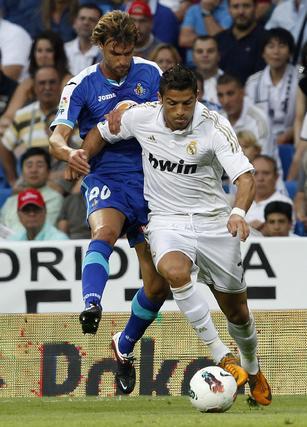 El Real Madrid cumple ante el Getafe en el Bernabéu (4-2). / Reuters
