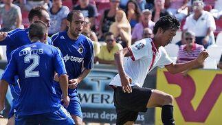 La Balona golea al Sevilla Atlético y es más líder.   Foto: Manuel Gomez