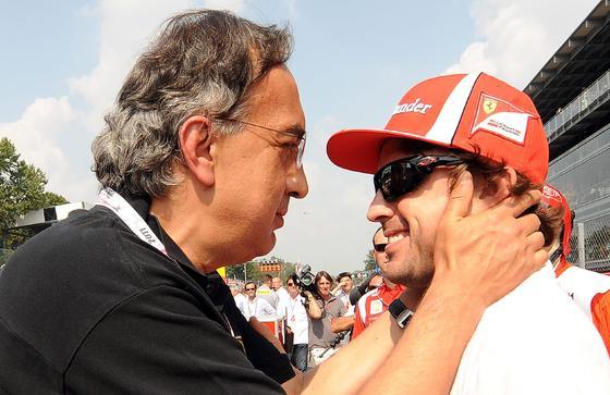 Vettel también gana en Monza y Alonso acaba tercero tras llegar a liderar la carrera. / EFE