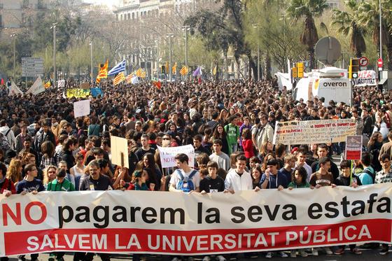Manifestantes por las calles de Barcelona.  Foto: AFP Photo