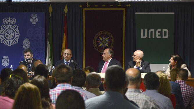 El comisario de algeciras reclama m s unidades especiales - Policia nacional algeciras ...