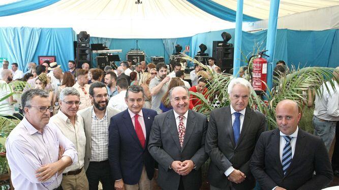 Ángel Gavino, Juan Casanova, Juan Franco, Antonio Sanz, J. I. Landaluce, Agustín Muñoz y Nacho Macías, ayer.