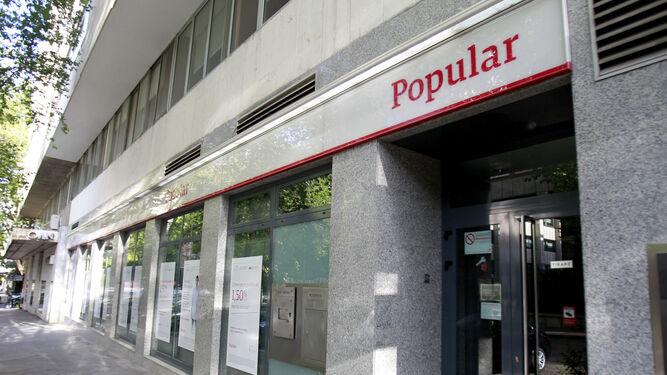 Condenado el banco popular a devolver euros a un for Oficinas banco popular valladolid