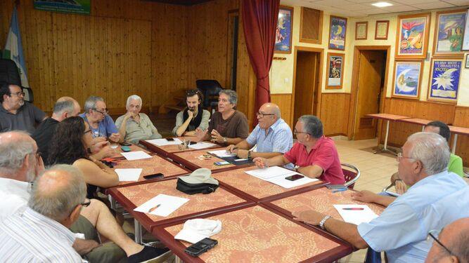 La reunión de la comisión de seguimiento de la Plataforma del Hospital que tuvo lugar ayer.