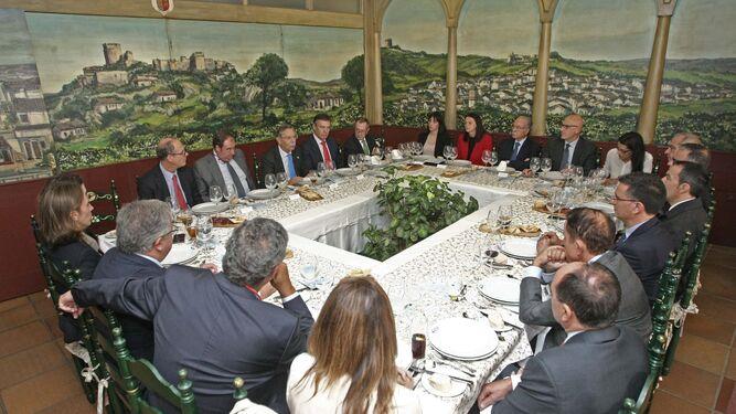 Un momento del foro empresarial celebrado en el Mesón El Copo el pasado jueves.