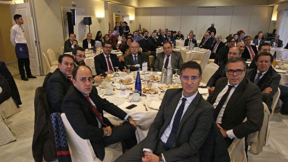 Jacinto Muñoz, Juan Ruz, Juan Franco, Fernando Mariscal, Manuel Morón, Tomás Valiente, Jorge Romero, José Luis Blanco, Carlos Fenoy y Javier Chaparro.