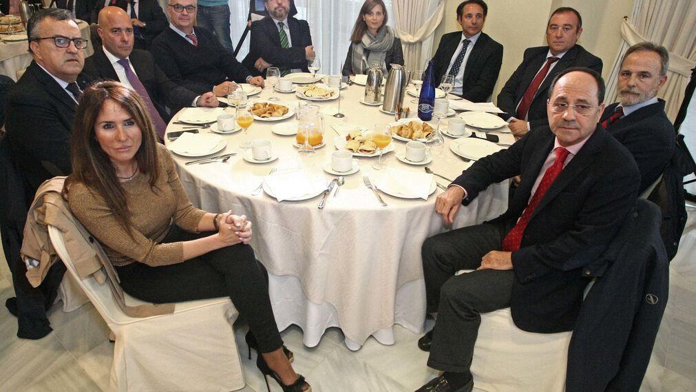 Gema Pérez, Ángel Gavino, Ignacio Macías, Eduardo Villalba, José Luis Hormaechea, Paula Llop, Antonio Feria, Manuel Feria, Salvador de la Encina y Miguel González.