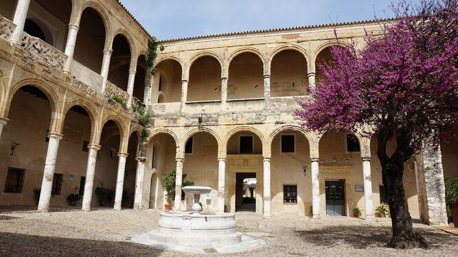Aspecto del castillo de Vejer sobre el que se acturá con la subvención aportada por el Ministerio de Fomento.