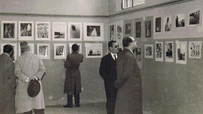 Una exposición fotográfica de AFAL en 1959.