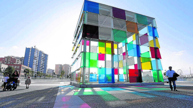 El Cubo del Puerto, signo distintivo del Centro Pompidou Málaga.