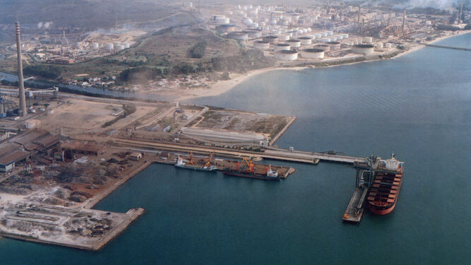 Terminal de carbones Gibraltar Intercar, en 1997.
