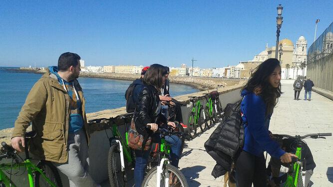 Seminario de movilidad urbana en la ciudad de Cádiz.