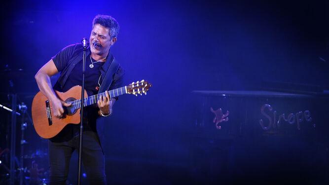 El cantante Alejandro Sanz, durante un concierto.
