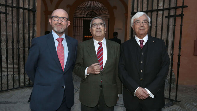 Francisco Correal, Rogelio Reyes y Manuel González Jiménez