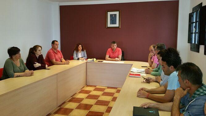 toma de decisiones en el Pleno del ayuntamiento de Jimena de la Frontera