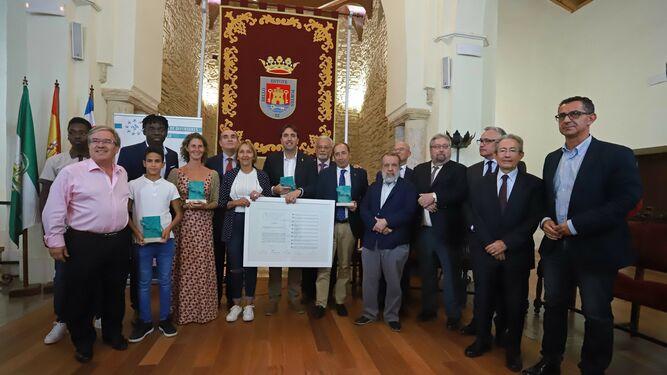 Entrega de reconocimientos en la Sala Santa María