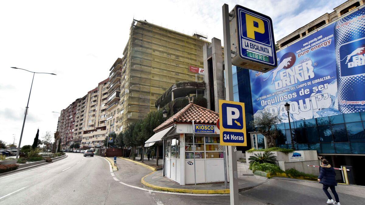 El Ayuntamiento inicia los trámites administrativos para el cierre del parking La Escalinata