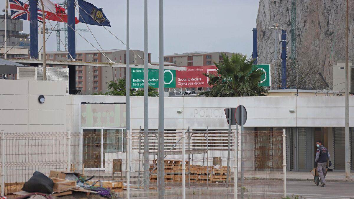 La negociación del tratado del Brexit en Gibraltar se demora en plena tensión por Irlanda
