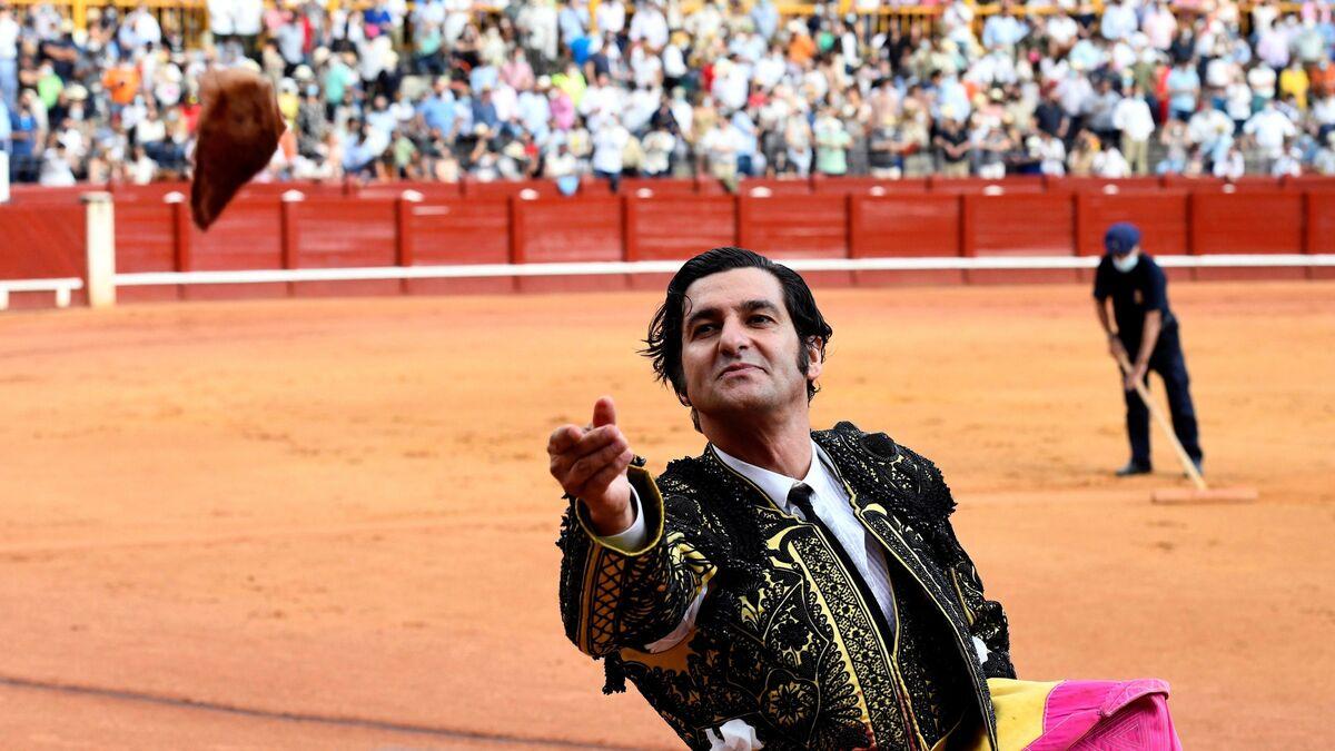 Una foto de Morante cada día Morante-Puebla-tendido-conseguido-Aranjuez_1583552494_140056875_1200x675