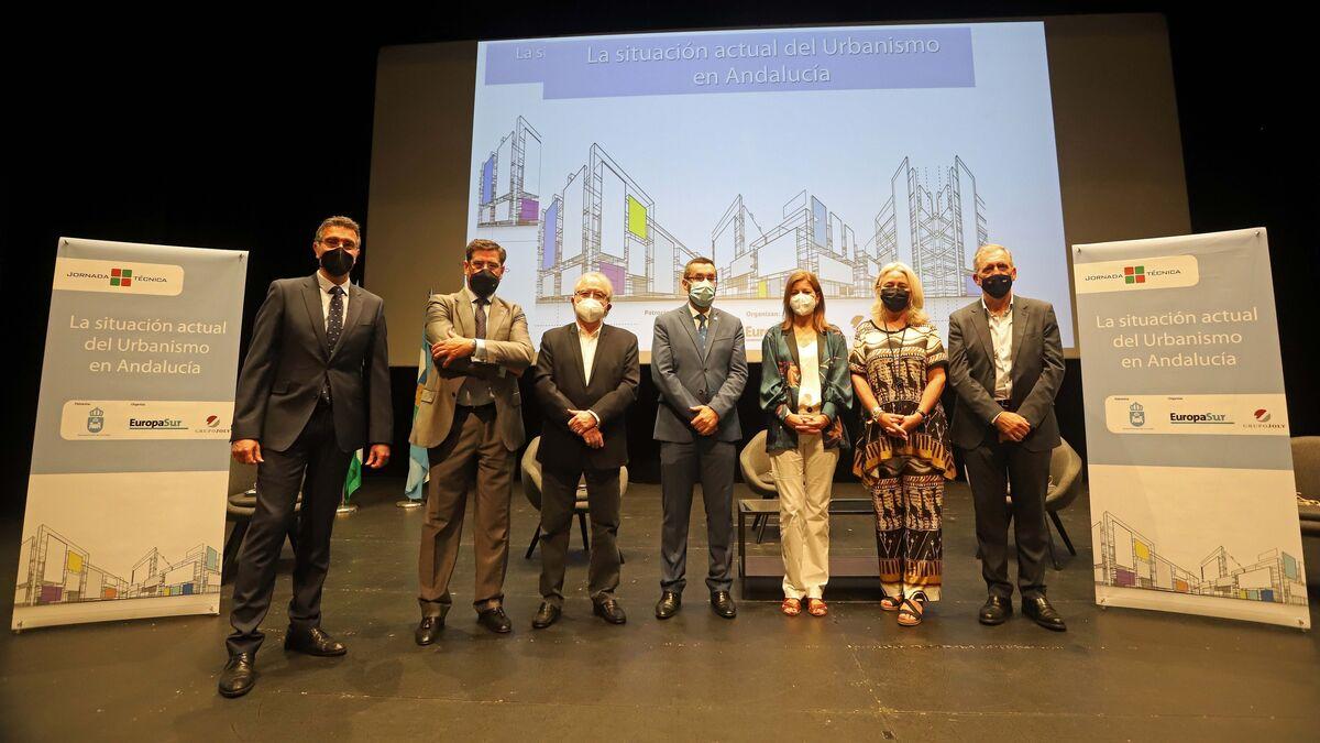 Javier Chaparro, Alberto Ruiz, Gerardo Roger Fernández, Juan Franco, María del Carmen Compagni, Mercedes Colombo y José María Morente.